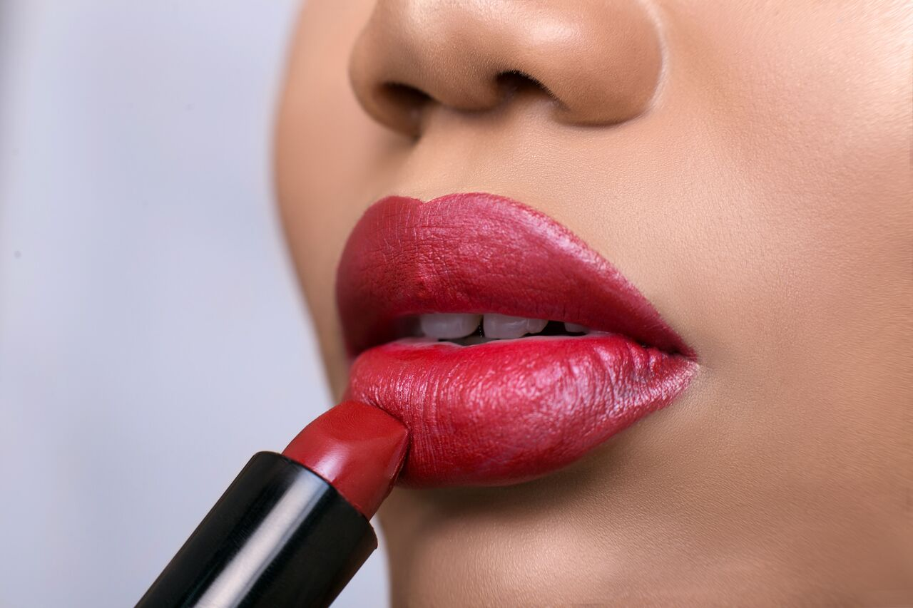 How to get the perfect red lip this Valentine's - Genevieve Magazine